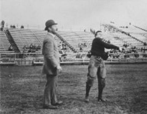 1906 Yale football practice: Walter Camp and Hugh Knox