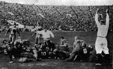 Pooley Hubert scores Alabama's first touchdown in the 1926 Rose Bowl against Washington