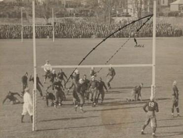 Brown misses a field goal in the 4th quarter of a tie game with Colgate in 1926