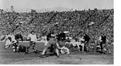 Stanford advancing against Alabama in the 1927 Rose Bowl