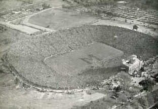 Aerial view of Michigan Stadium, 1946 Army game