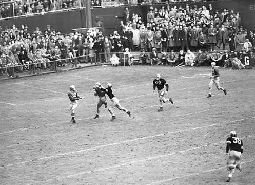Notre Dame halfback Emil Sitko intercepts an Army pass in 1946