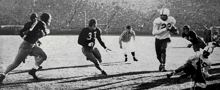 Texas quarterback Bobby Layne carrying the ball against Alabama in the 1948 Sugar Bowl