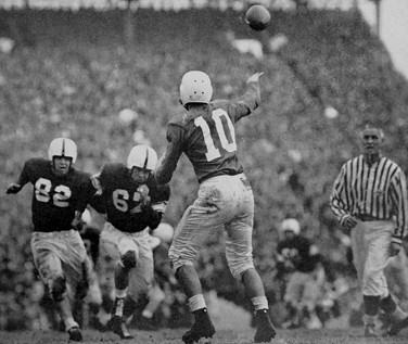 Kentucky quarterback Babe Parilli throwing against Oklahoma in the 1951 Sugar Bowl