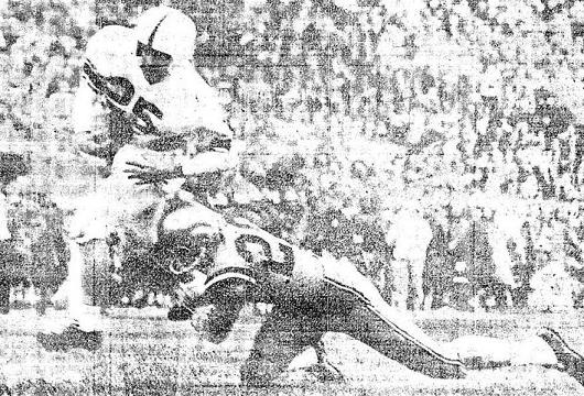 Oklahoma halfback Tommy McDonald's 35 yard touchdown catch against Colorado in 1956