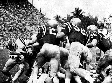 Missouri carrying the ball in the 1961 Orange Bowl