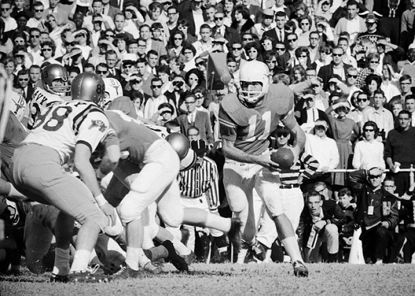 Texas advancing the ball against Navy in the 1964 Cotton Bowl
