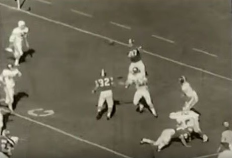 Georgia's 2-point conversion to defeat Alabama 18-17 in 1965