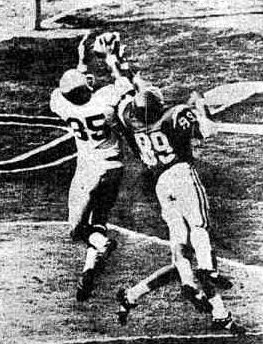 Notre Dame receiver Jim Seymour touchdown catch against Southern Cal in 1966