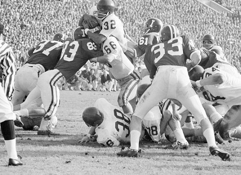 Southern Cal's first touchdown in a 14-3 win over Indiana in the 1968 Rose Bowl